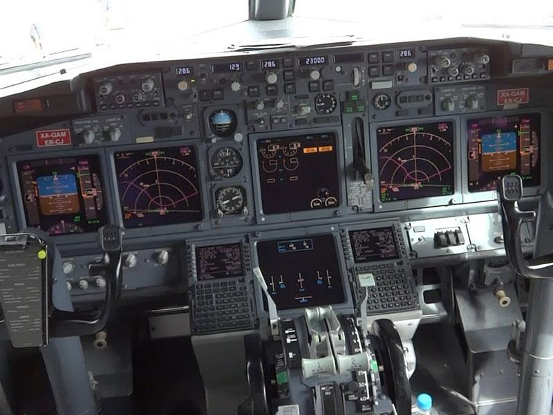 BOEING 737 EN
